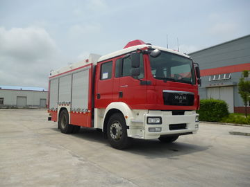 Chine Empattement motorisé fonctionnel multi 5100mm de la vitesse maximum 90KM/H de route de camion de pompiers distributeur